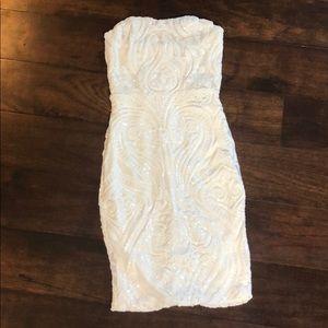 New w tags Fashion Nova body con sequined white S